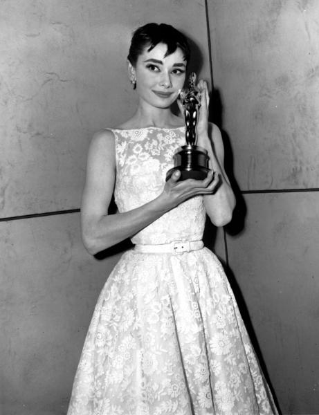 Bridesmaid Inspiration - Chic White 1950s dress