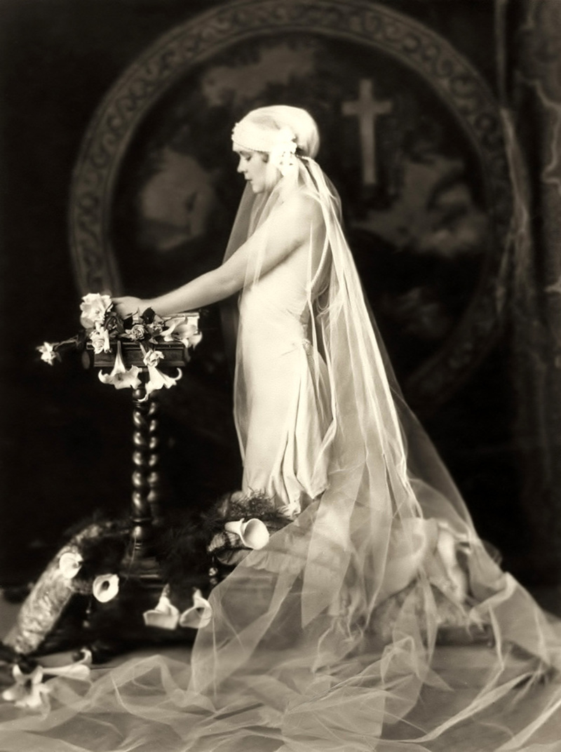 Sunday style icon billie dove chic vintage brides for 1920s vintage style wedding dresses