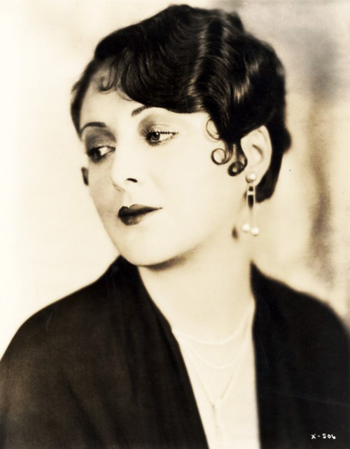 Billie Dove 1920s Marcel Waves & Pin Curls Hair